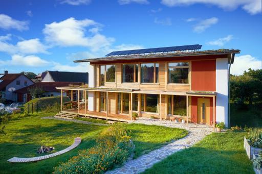 Slamáček – energeticky pasivní dům ze slámy