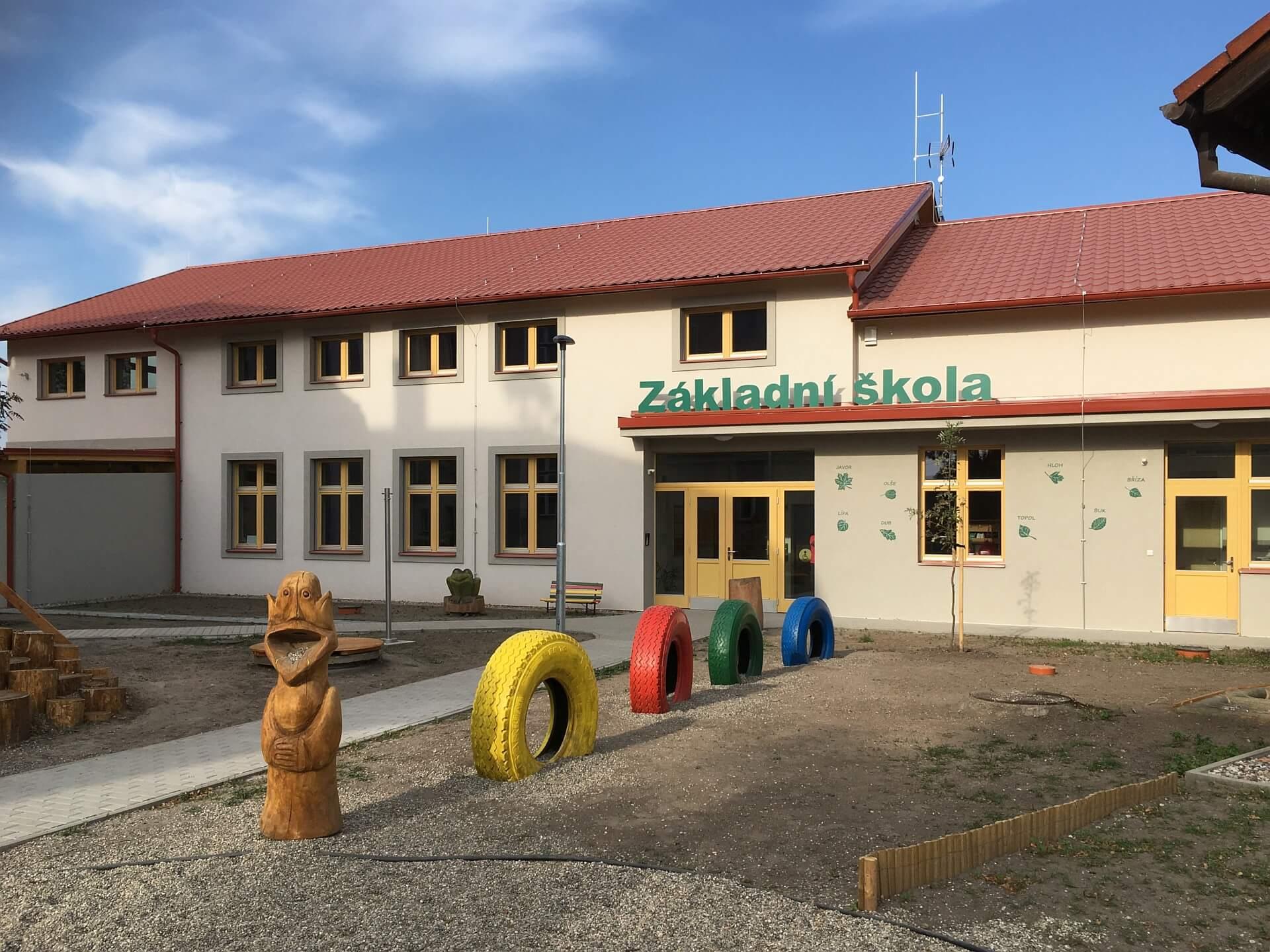 ZŠ Malý Újezd – nový pavilon